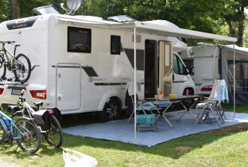 Hire a motorhome in Tiefenbach from private owners| Adria Sunshine