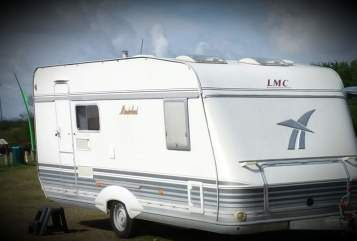 Hire a motorhome in Calden from private owners| LMC Münsterländer