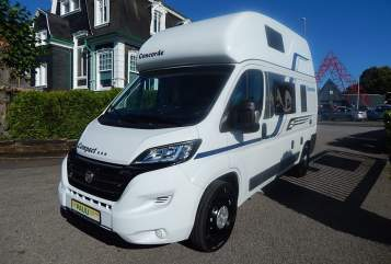 Hire a motorhome in Kerpen from private owners| Pössl Vinitoribus