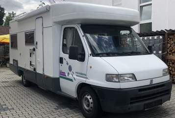 Hire a motorhome in Egelsbach from private owners| Weinsberg Schorschi