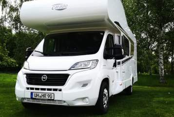 Hire a motorhome in Kutzleben from private owners| Carado Carado A 464