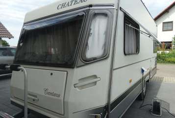 Hire a motorhome in Mahlberg from private owners| CHATEAU Chateau