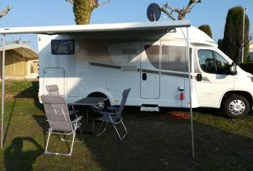 Hire a motorhome in Kutzleben from private owners| Carado  Carado T 334