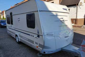 Hire a motorhome in Püttlingen from private owners| Fendt Gizmo