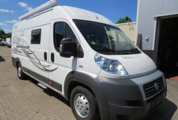 Hire a motorhome in Essen from private owners| GloBus Travel