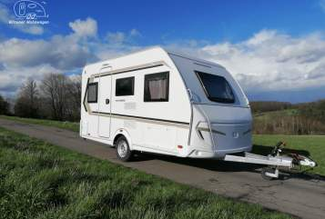 Hire a motorhome in Witten from private owners| Weinsberg Toni