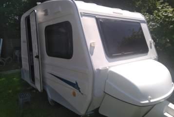 Hire a motorhome in Bielefeld from private owners| Niewiadow  NIEWIADOW N126N