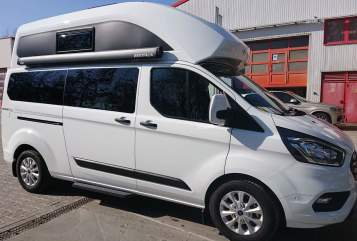Hire a motorhome in Stadtbergen from private owners  Ford Salzi