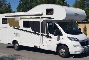Hire a motorhome in Bischofswerda from private owners| Carado Carado A447