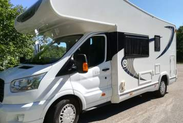 Hire a motorhome in Schrobenhausen from private owners| Chausson Wolkie
