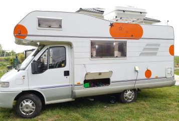 Hire a motorhome in Soest from private owners| Hymer Der Dicke
