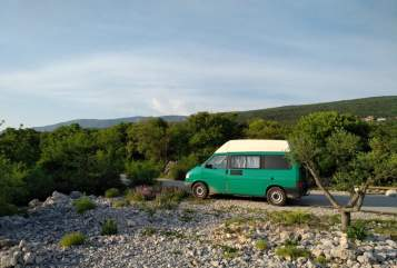 Hire a motorhome in Halle from private owners  VW Cartho
