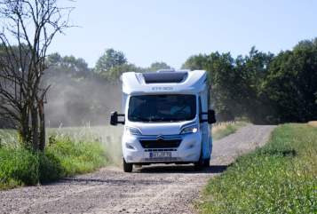 Hire a motorhome in Bottrop from private owners| Etrusco der Schöne
