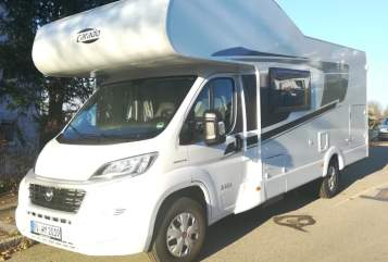 Hire a motorhome in Ravensburg from private owners  Carado Kerstins A 464