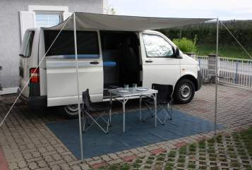 Hire a motorhome in Eggersdorf bei Graz from private owners| VW T5  Freedom