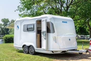 Hire a motorhome in Bühl from private owners| Knaus Super Deseo