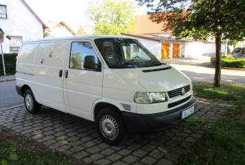 Hire a motorhome in Ulm from private owners| VW Frederik