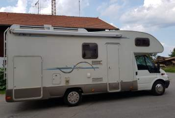 Hire a motorhome in Irschenberg from private owners| Ford Harry