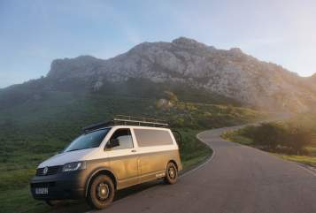 Hire a motorhome in Magdeburg from private owners| VW  TerraLifeAutark