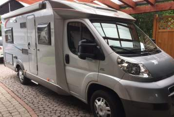 Hire a motorhome in Oberelsbach from private owners| Bürstner WOMO