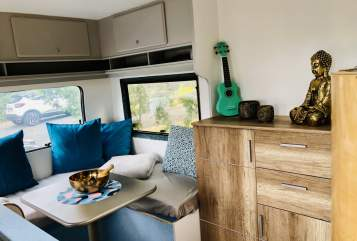 Hire a motorhome in Regensburg from private owners| Peugeot  Big Happyplace