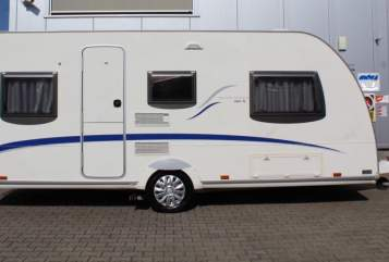 Hire a motorhome in Soest from private owners| Bürstner  Belcanto 460TL
