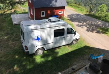Hire a motorhome in St. Märgen from private owners| Mercedes Uto