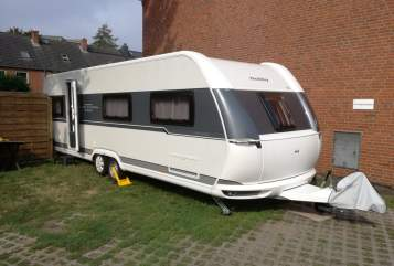 Hire a motorhome in Norderstedt from private owners| Hobby Hobby UKFE 720