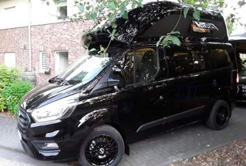 Hire a motorhome in Norderstedt from private owners| Ford Transit Custom  SEK-Bus