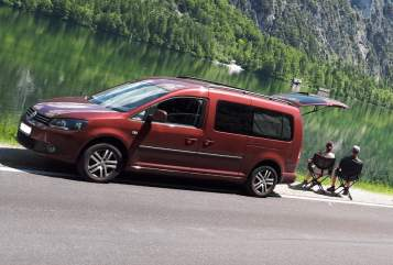 Hire a motorhome in Liesing from private owners  VW Caddy Maxi DSG