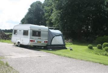 Hire a motorhome in Terwispel from private owners| LMC LMC