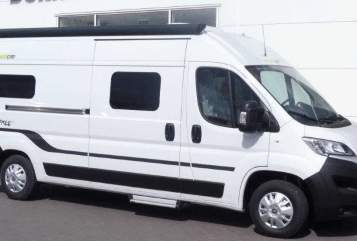 Hire a motorhome in Marienheide from private owners| Hymercar Hymer Free 600
