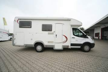 Hire a motorhome in Hückeswagen from private owners| Ford Roller Team Zeit für uns !