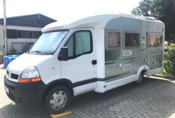 Hire a motorhome in Amt Peitz from private owners| Knaus Knausi