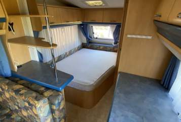 Hire a motorhome in Rostock from private owners| Hobby Hobby SFE 440