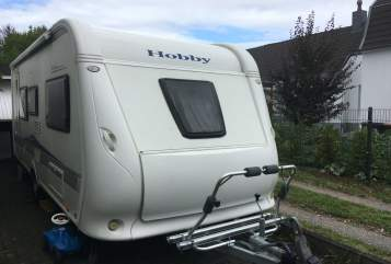 Hire a motorhome in Burscheid from private owners| Hobby Gustav