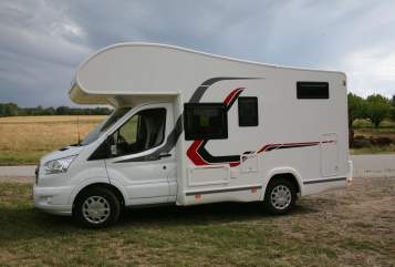 Hire a motorhome in Müglitztal from private owners  Challenger PIR- MH 1441