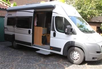 Hire a motorhome in Dorsten from private owners| Pössl  Berti