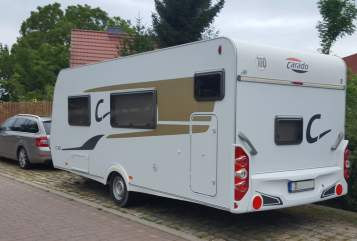 Hire a motorhome in Wolmirstedt from private owners| Carado Kalli