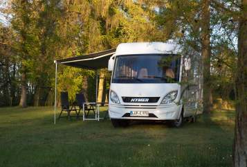 Hire a motorhome in Pinnow from private owners| Hymer Lupe 970