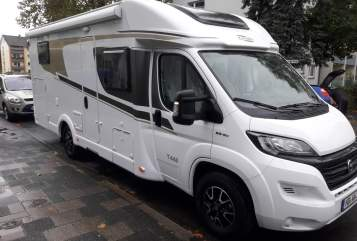 Hire a motorhome in Heidelberg from private owners| Carado Henrys Carado