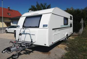 Hire a motorhome in Sierndorf from private owners| Adria FoxBox