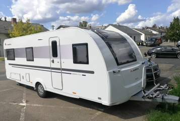 Hire a motorhome in Nieder-Olm from private owners| Adria Luna