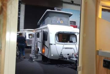 Hire a motorhome in Stelle from private owners| Hymer Eriba Feeling