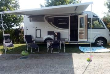 Hire a motorhome in Hinzenbach from private owners| Bürstner Camperfun