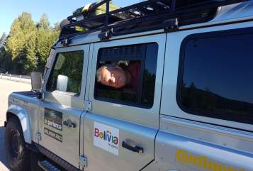 Hire a motorhome in Flensburg from private owners| Landrover Tom's world