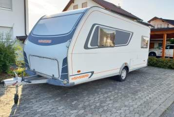 Hire a motorhome in Orsingen-Nenzingen from private owners| Weinsberg Weinsberg One