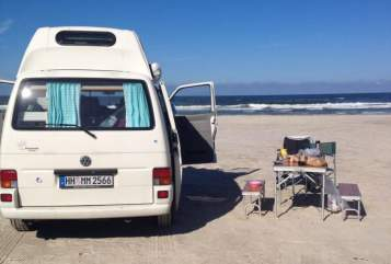 Hire a motorhome in Hamburg from private owners| Volkswagen Bruno