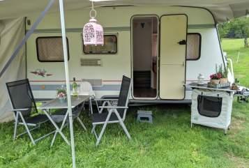 Hire a motorhome in Unterkirnach from private owners  Bürstner   Villa Grün