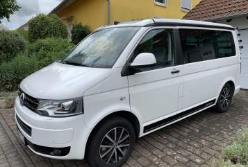 Hire a motorhome in Ingolstadt from private owners| VW White Bulli